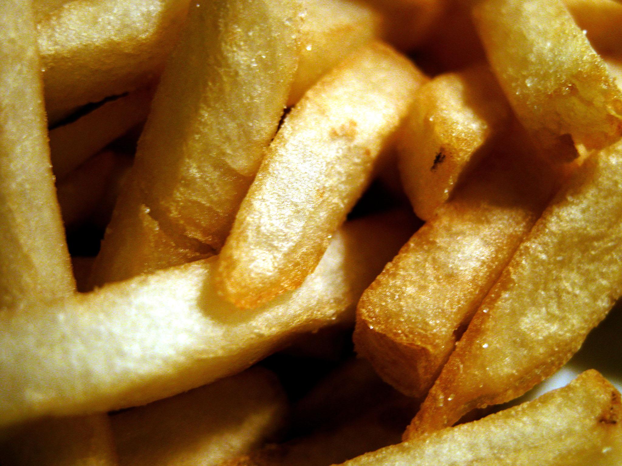 Varkensfricassée met frietjes